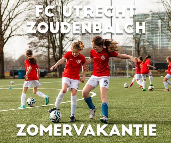 FC Utrecht Meiden Voetbalkamp in Utrecht in de zomervakantie